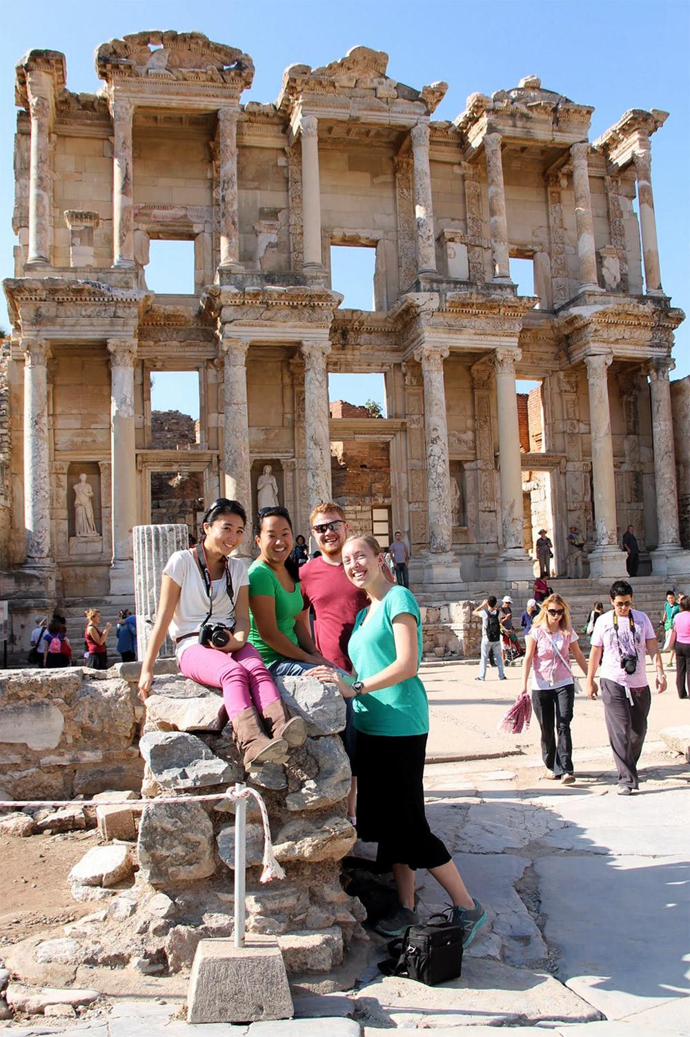 121105-libraryatephesus