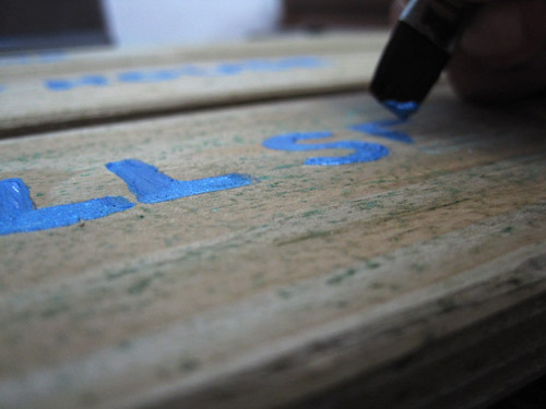 Painting a wood pallet