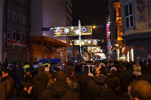 Busy streets of Beyoğlu