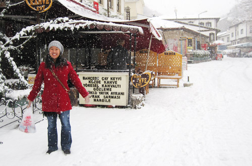 Leah in the snow in Beypazarı
