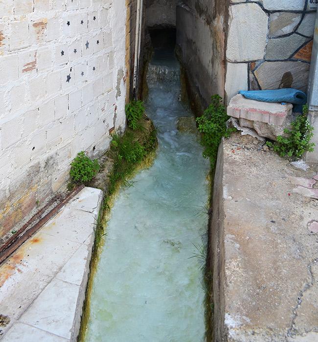 Pamukkale water