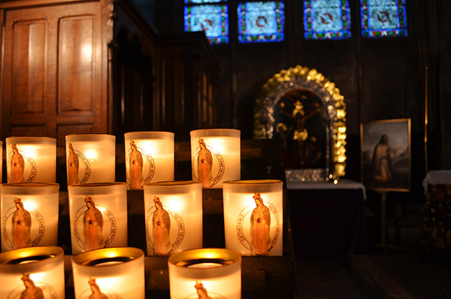 Notre Dame candles