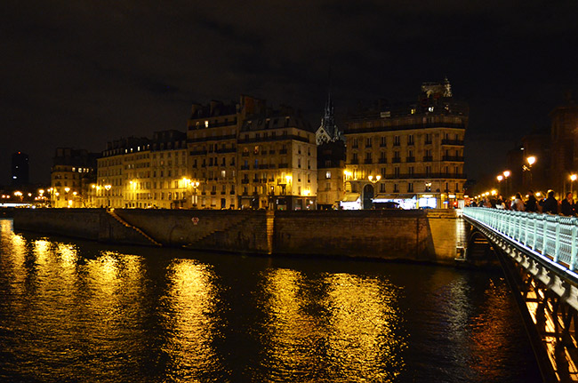 Paris lights over the river