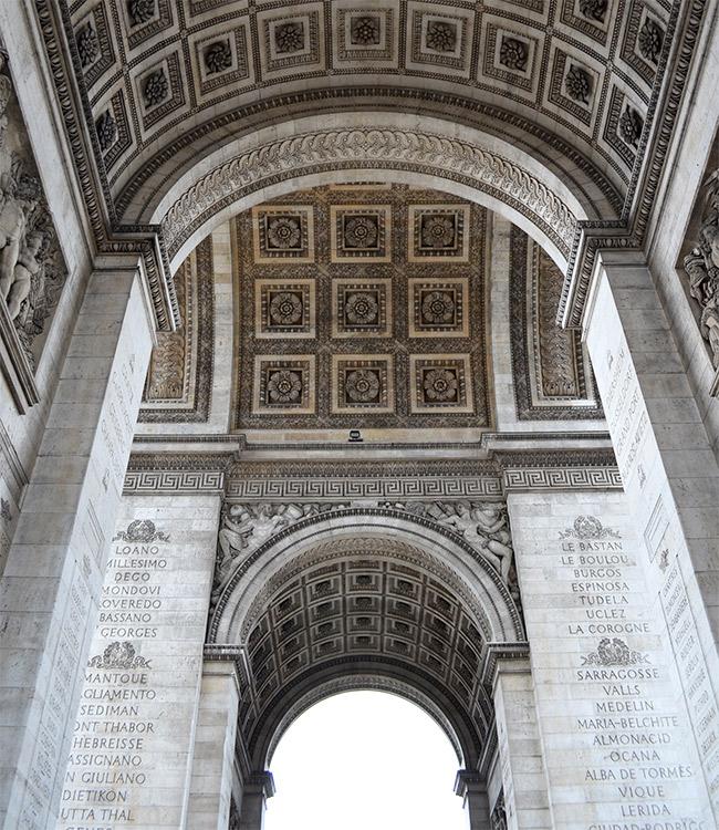 Arc de Triomphe arcs