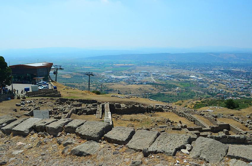 Pergamum entrance