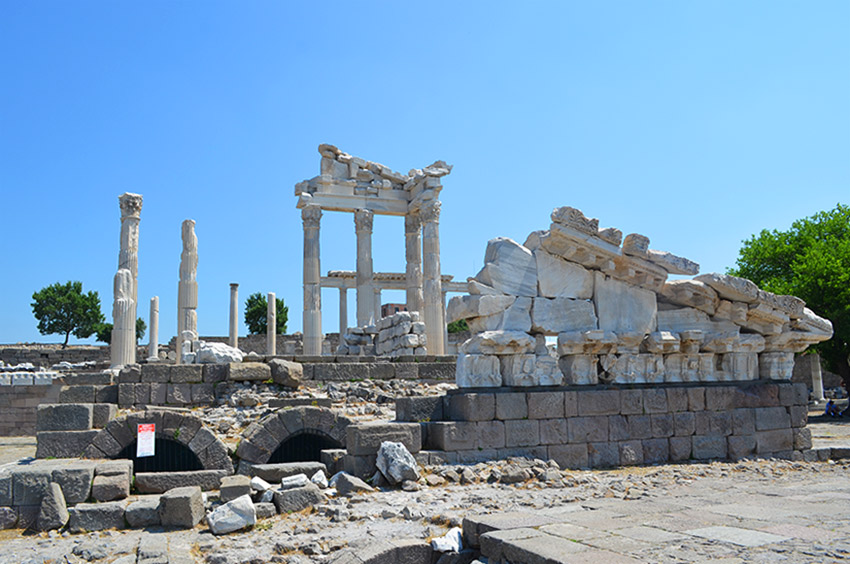 Pergamum ruins