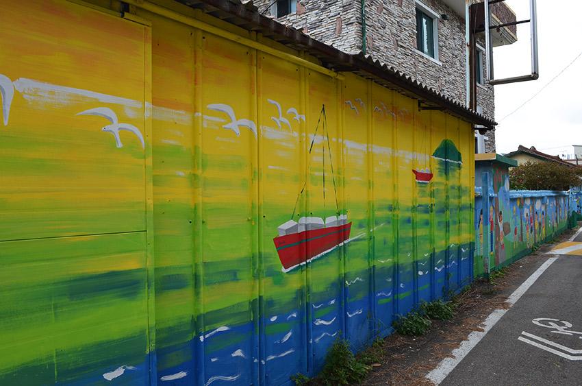 Sokcho wall mural