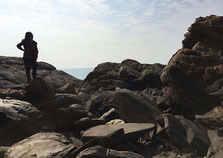Ji on the rocks