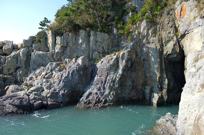 Odongdo Island dragon cave