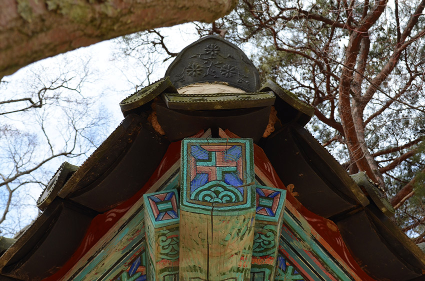 Bulguksa cross detail