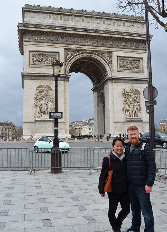 David and Leah by Arc de Triomphe
